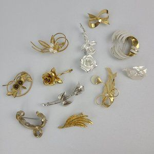 Vintage Gold & Silver Flower Brooches 11 PC